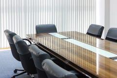 Комната деловой встречи в офисе стоковое фото