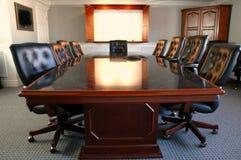 комната офиса конференции стоковые изображения
