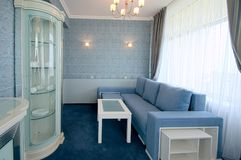 Комната покрашенная синью стоковое фото rf