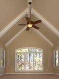 комната потолка роскошная вольтижировала Стоковые Изображения RF