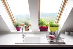 Комната просторной квартиры кухни Стоковые Изображения