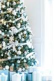 Комната рождества живущая с рождественской елкой Стоковые Фото