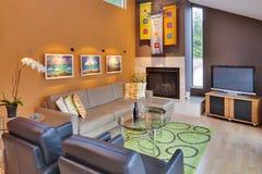 комната современной семьи самомоднейшая Стоковая Фотография RF
