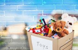 Комната с мебелью и игрушками в коробке Стоковая Фотография RF