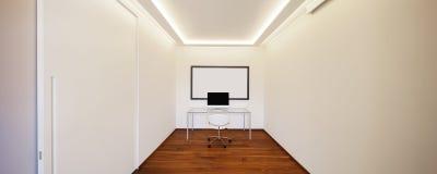 Комната с стулом и компьютером таблицы стоковые изображения