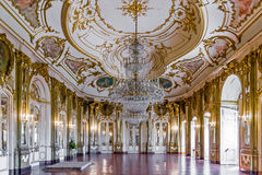 Комната трона (Sala делает Trono) в дворце Queluz, Португалии Стоковые Фото