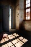комната чердака пугающая Стоковые Изображения