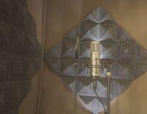 Комната ядровой записи пусковой площадки речи и конденсатор Mic стоковая фотография rf