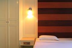 комната dof кровати нутряная отмелая Стоковая Фотография RF