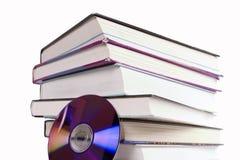 компактный диск книги Стоковые Фотографии RF
