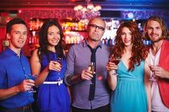 Компания с пить Стоковое Изображение RF