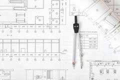 Компас инженерства на плане здания Стоковые Изображения RF
