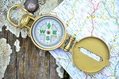 Компас и карта Стоковое Изображение