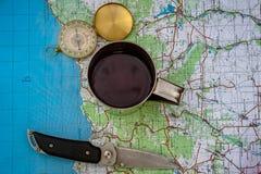 Компас и туристская карта Украины outdoors стоковые фото