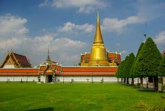 Комплексы виска в Таиланде Буддийские виски в Бангкоке стоковые изображения