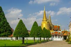 Комплексы виска в Таиланде Буддийские виски в Бангкоке стоковая фотография rf