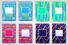 Комплект абстрактное геометрического, ретро, рамка вектора Мемфиса, знамя, поздравительная открытка других цветов с различными фо Стоковая Фотография RF