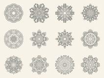 Комплект богато украшенных символов мандалы бесплатная иллюстрация