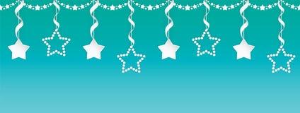 Комплект гирлянды бумажного искусства безшовный звезд с серебряными лентами на красочной предпосылке градиента бесплатная иллюстрация