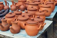 Комплект глиняных горшков стоковые фотографии rf