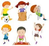 Комплект детей делая спортивные activites иллюстрация вектора