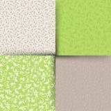 Комплект зеленых и бежевых безшовных цветочных узоров также вектор иллюстрации притяжки corel Стоковое фото RF