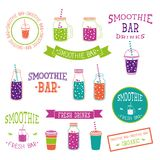 Комплект значков, логотипа, элементов, символов, эмблем и ярлыков - smoothie, кофе, который нужно пойти, frappe, сока, коктеиля п Стоковое Фото