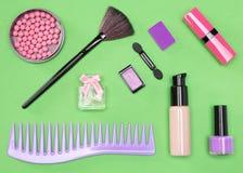 Комплект косметических предметов первой необходимости сумки Стоковые Фото