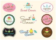 Комплект милого сладостного ярлыка и логотипа значка хлебопекарни бесплатная иллюстрация
