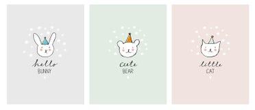 Комплект милой нарисованной рукой декоративной иллюстрации любимчиков Прелестный кот, зайчик и медведь бесплатная иллюстрация