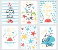 Комплект нарисованного рукой океана моря карточек и знамен лета формулирует каникулы временени Стоковые Изображения