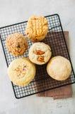 Комплект праздничных печений на коммуникационном проводе Арахисовое масло, пекан, овес Стоковое Изображение