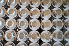 Комплект пустой белой керамической кофейной чашки чая или и поддонников, верхней части VI Стоковое Изображение