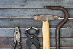 Комплект различных оборудования, аппаратур и инструментов для ручной работы Стоковое фото RF