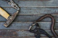 Комплект различных оборудования, аппаратур и инструментов для ручной работы Стоковые Изображения RF