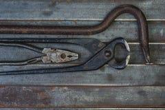 Комплект различных оборудования, аппаратур и инструментов для ручной работы Стоковые Изображения