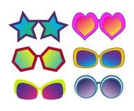 Комплект различных стекел солнца в стиле искусства шипучки ретро шуточном для yo бесплатная иллюстрация