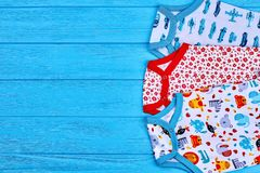 Комплект современных естественных bodysuits младенца Стоковая Фотография RF