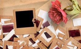 Комплект старых винтажных скольжений, фото и фильма с пионом Стоковое Фото