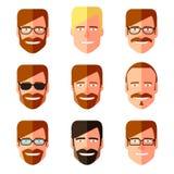 Комплект сторон людей s с различными стрижками, усиками, бородами и стеклами Плоский дизайн Силуэты, эмблемы, значки Стоковые Изображения RF
