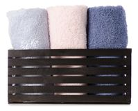 Комплект цвета полотенец в ванне коробки Стоковое фото RF