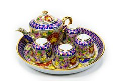 Комплект чая сделанный из глины, установленный на белой предпосылке Стоковая Фотография