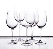 Комплект 5 пустых стекел вина Стоковые Фотографии RF