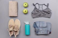 Комплект Sportswear и здоровья Стоковые Изображения