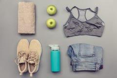 Комплект Sportswear и здоровья Стоковые Фотографии RF