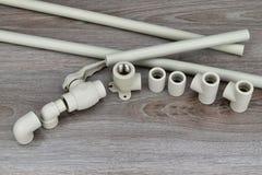 Компоненты делая трубы водопровода Инструменты для делать waterworks Стоковые Фотографии RF