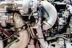 Компоненты мотора двигателя тележки в обслуживании автомобиля стоковое фото rf