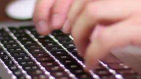 компьтер-книжка клавиатуры сток-видео
