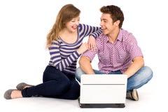 компьтер-книжка пар используя Стоковая Фотография