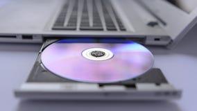 Компьтер-книжка с открытым подносом оптического диска Стоковое фото RF
